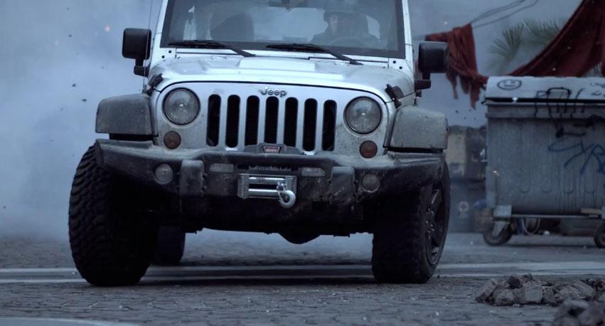 Jeep Lança Modelo 2012 Edição Especial U201cCall Of Duty: Modern Warfare 3u201d