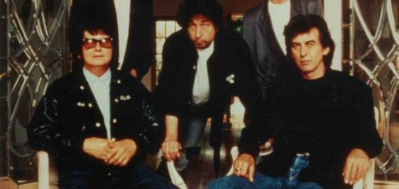 219_The_Traveling_Wilburys_RARE_STUDIO_PROMO_ALL_Signed_(5