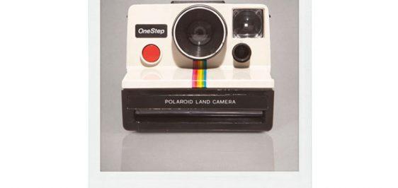 1562c4b31c57d polaroid • B9