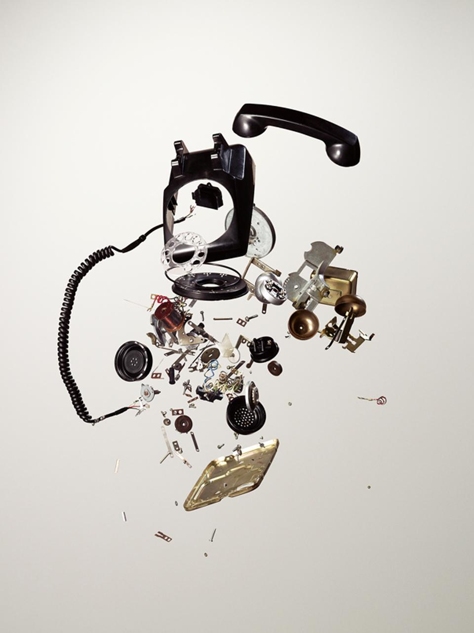 série fotográfica things come apart 50 objetos desmontados em