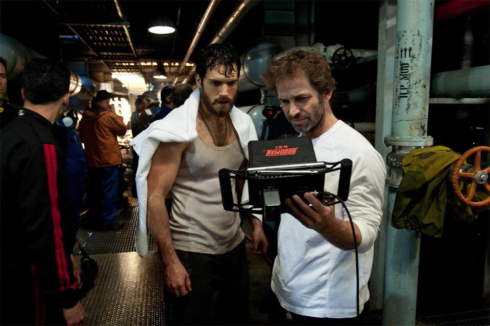Henry Cavill e Zack Snyder no set