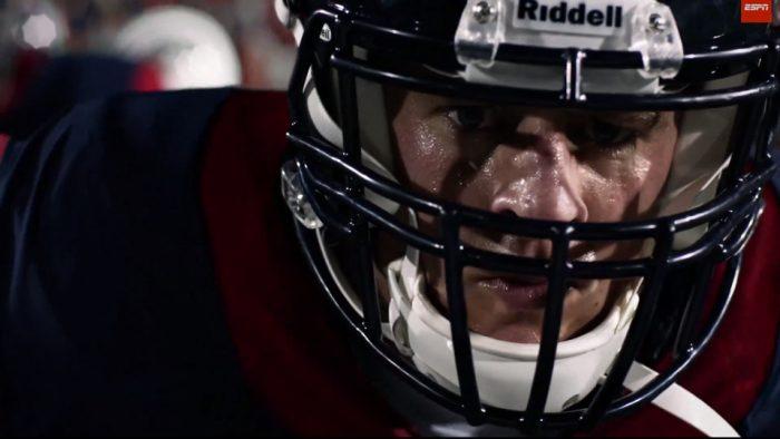 W+K New York assina campanha para divulgar o começo do campeonato da NFL na  ESPN c93c60fbdcfc8