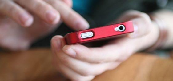 smartphone-using