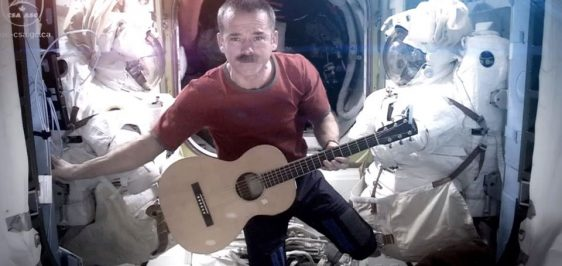 space-oddity-hadfield