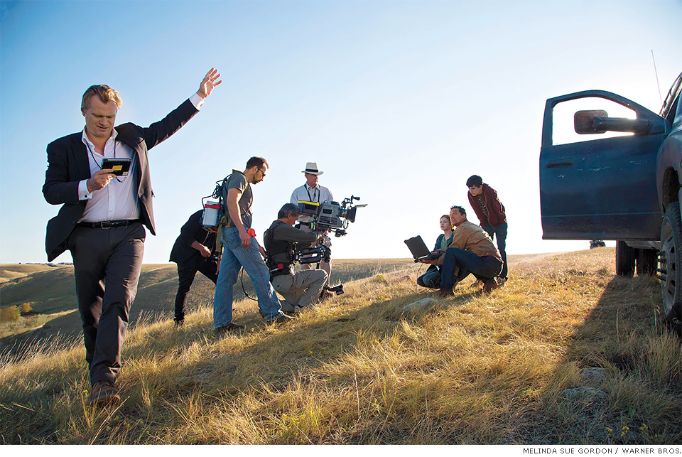 Christopher Nolan no set