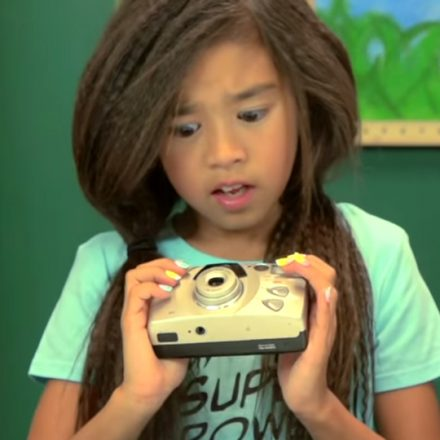kids-react-camera-old