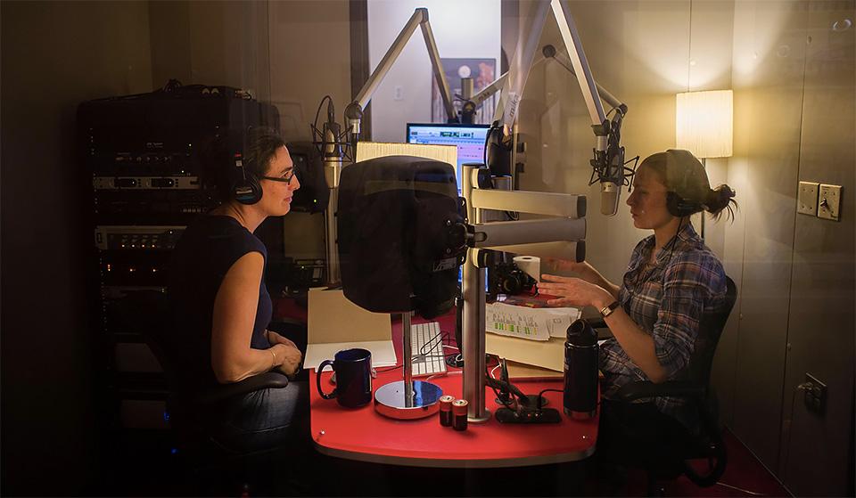 Sarah Koenig e a produtora  Dana Chivvis