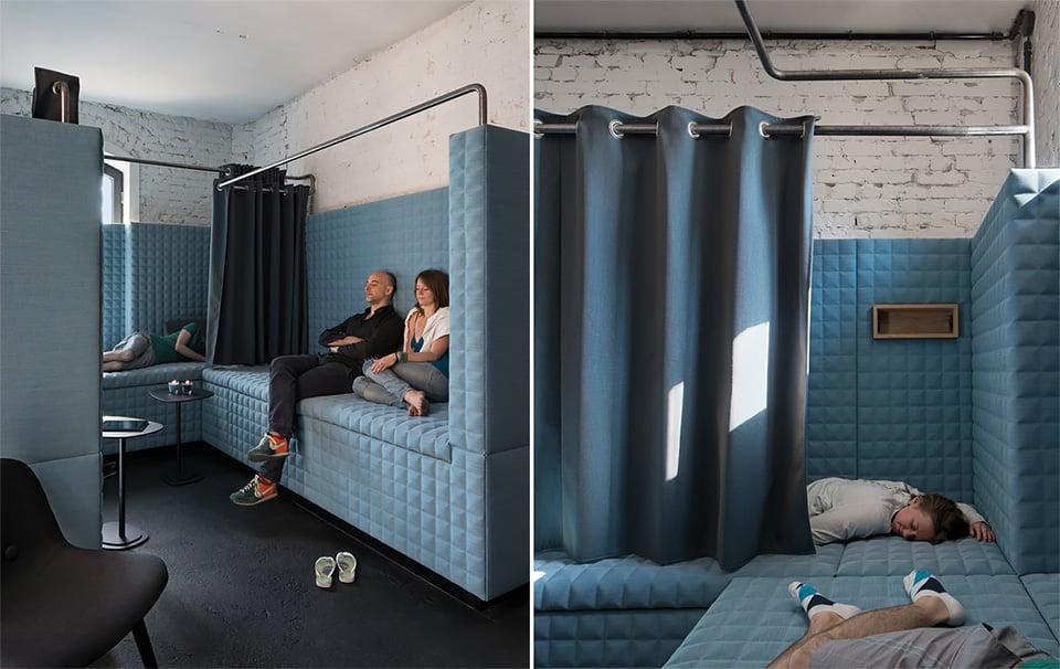 A Nap Room (sala do cochilo) é à prova de som e foi construída com material eco-friendly