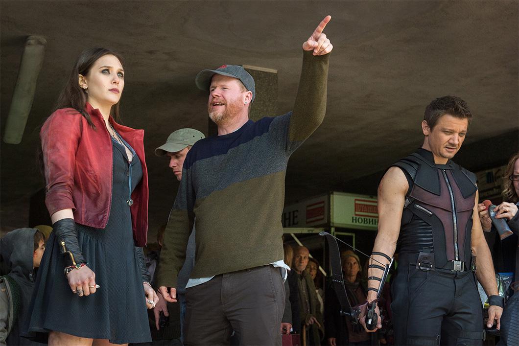Joss Whedon no set