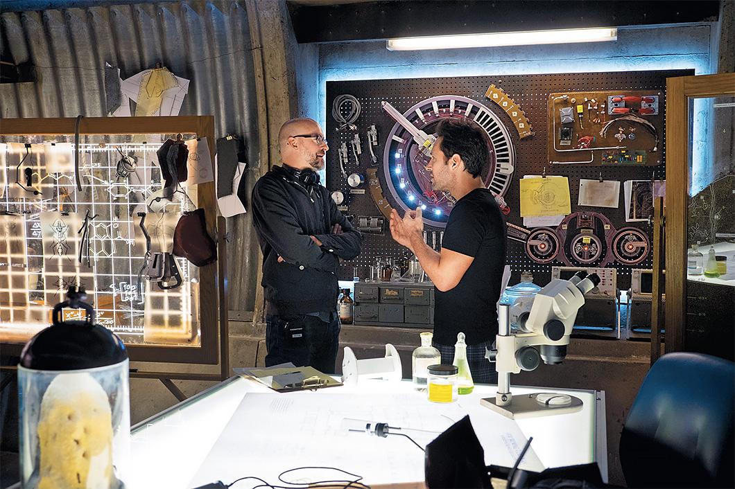 Peyton Reed (à esquerda) e Paul Rudd no set