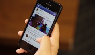 facebook-video-iphone
