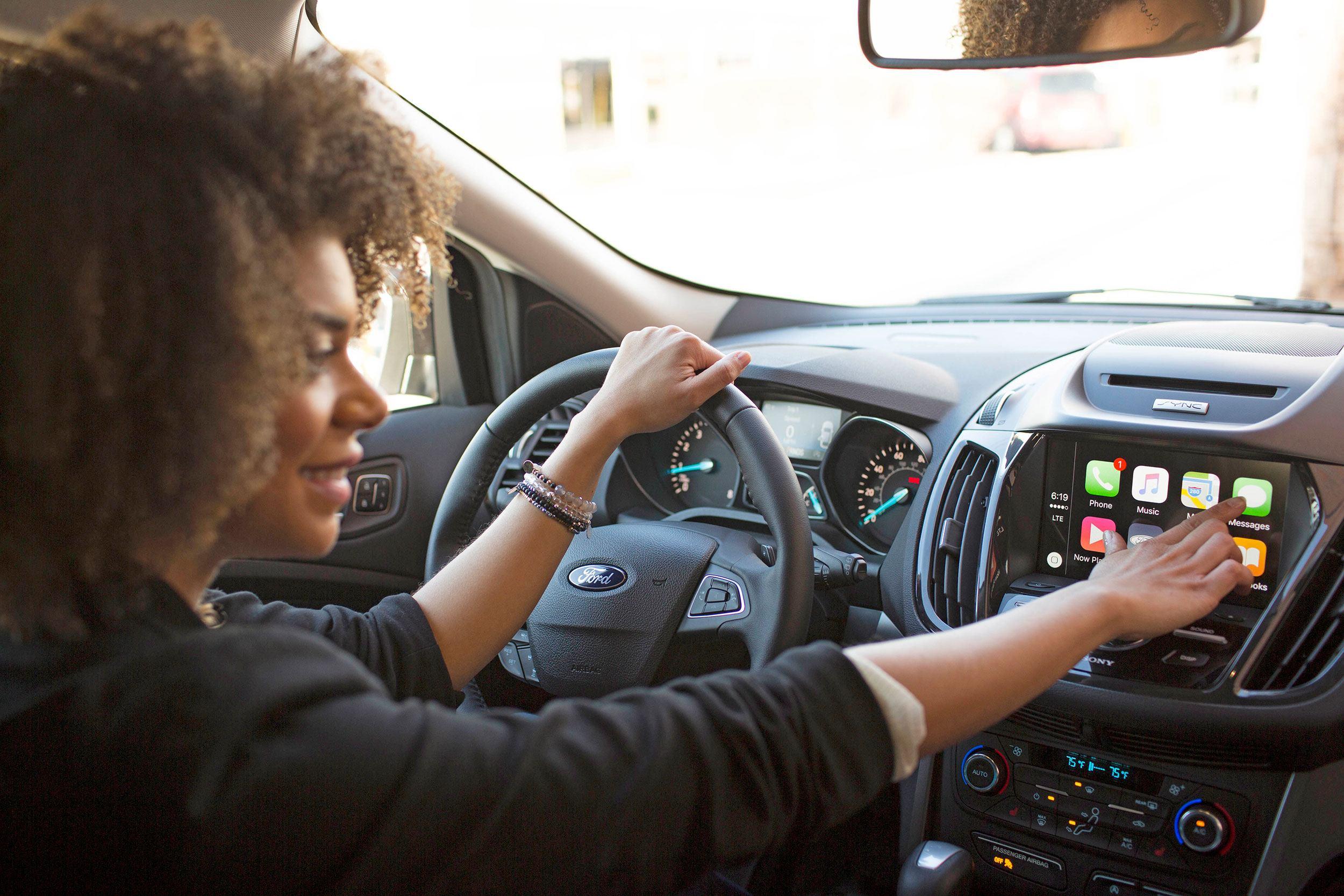 Ford SYNC 3, compatível com iOS e Android
