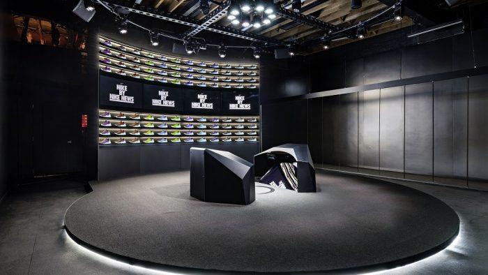 Nike desenvolve estúdio de design para criar pares de tênis personalizados ao vivo