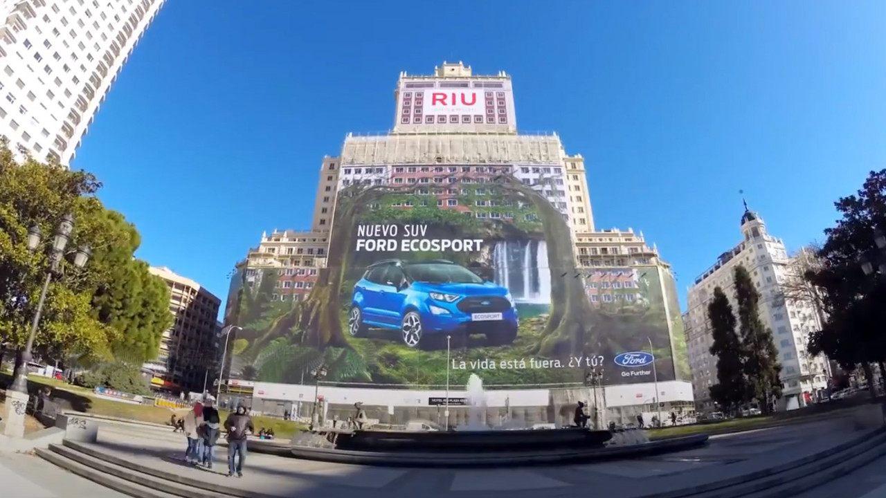 Ford-EcoSport-maior-outdoor-do-mundo