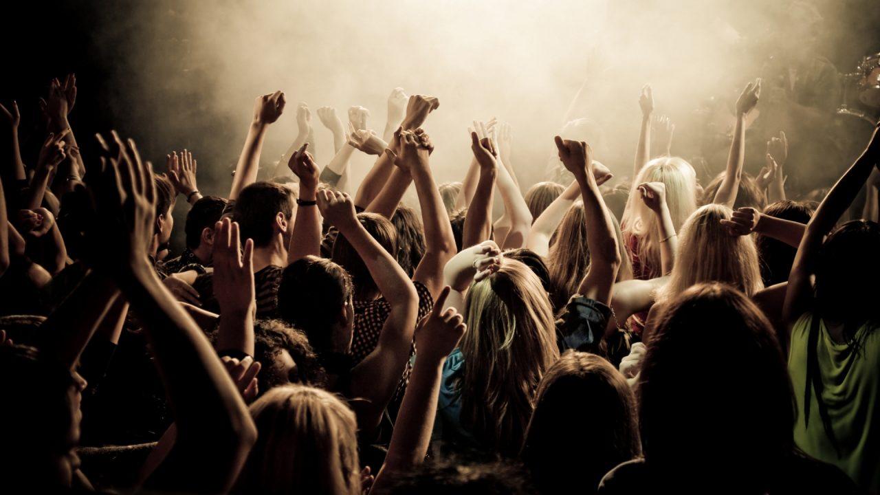 concert_crowd