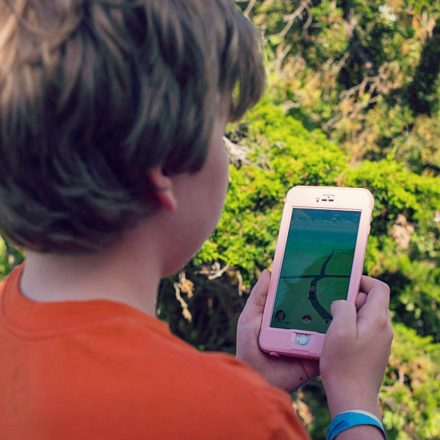 pokemon-go-safety-tips-for-parents-and-children-2016-images