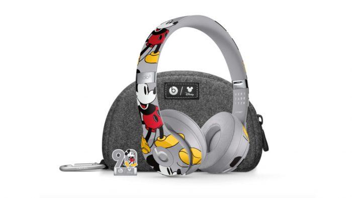 Fones-Beats-Mickey-Disney