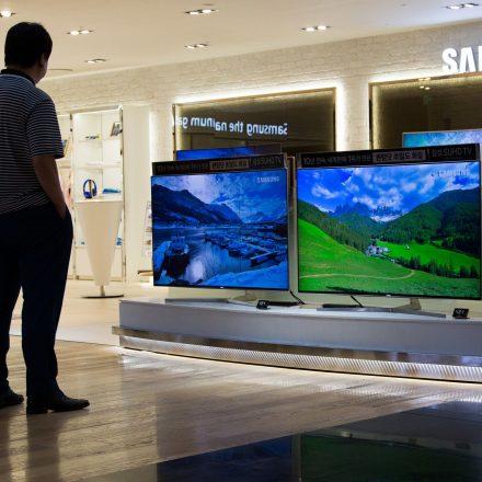 104332232-Samsung_Smart_TV