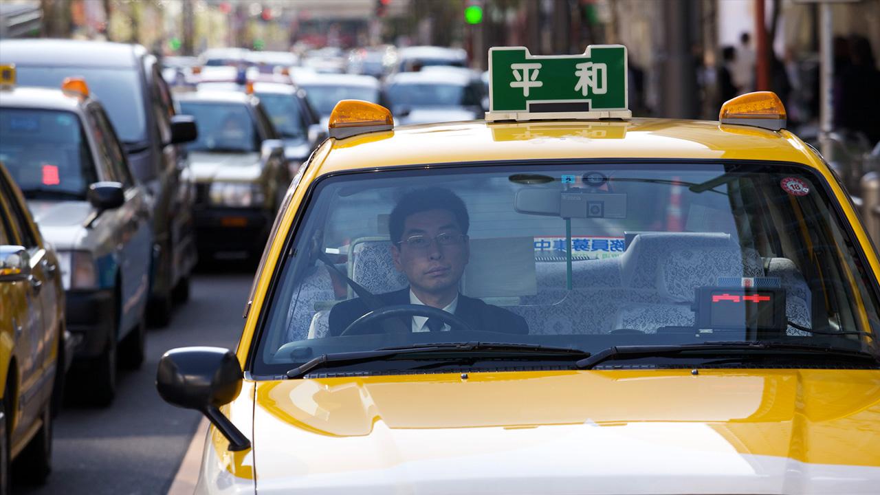 jp-taxi-b9