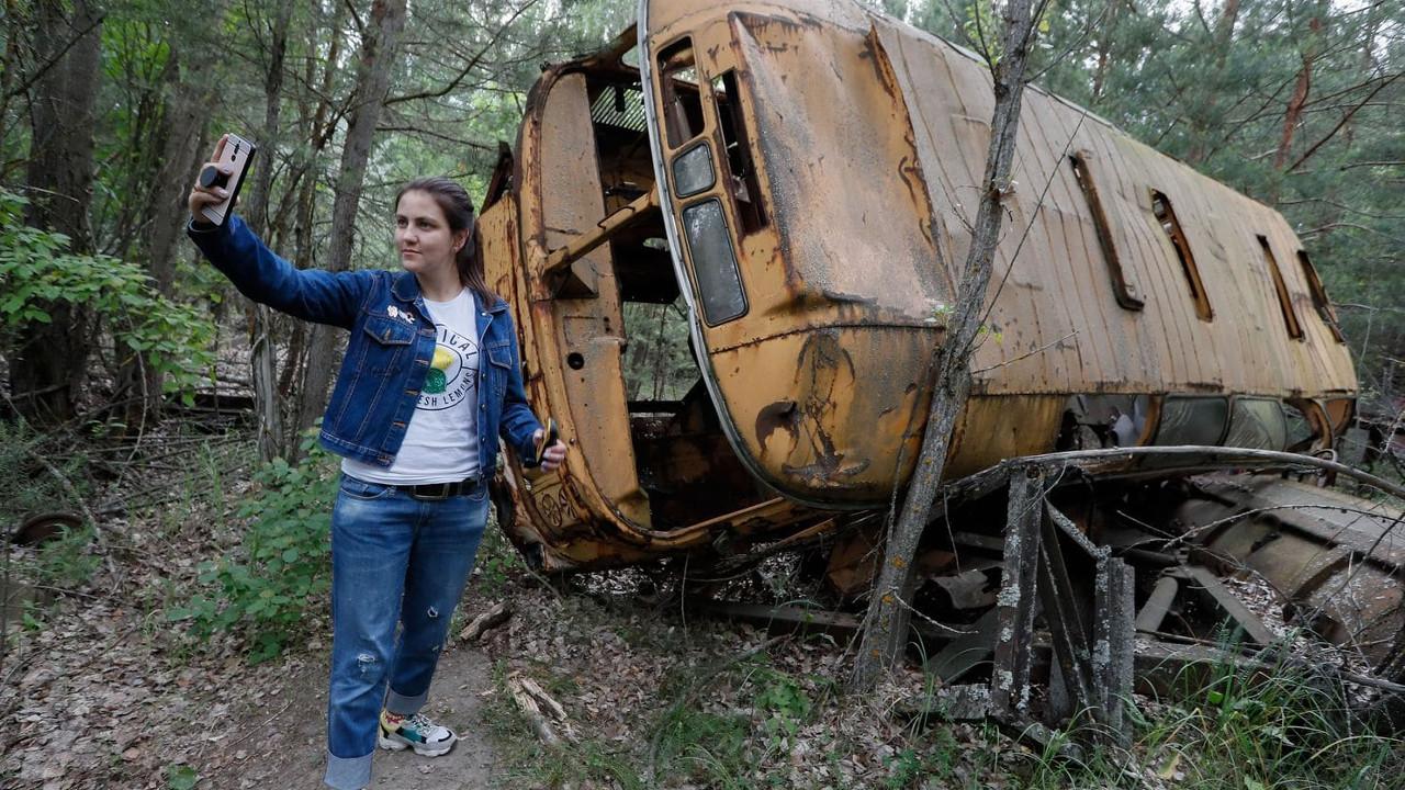 chernobyl-selfies