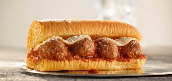 Depois do Burger King, Subway confirma lançamento de sanduíche com carne vegetariana