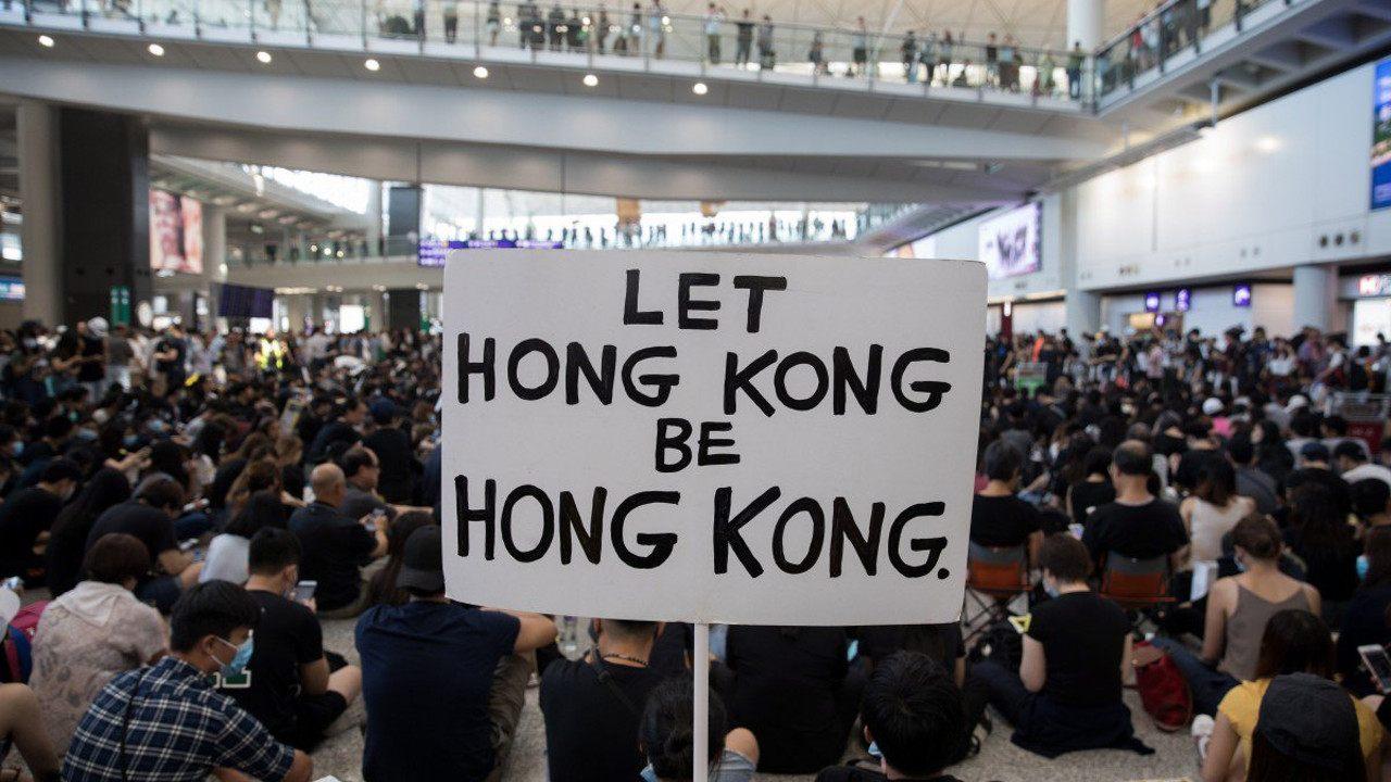Manifestantes de Hong Kong adotam aplicativos de mensagens