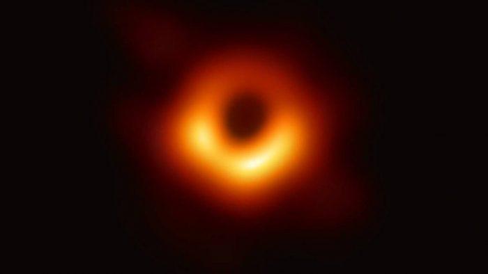 primeira-imagem-burao-negro