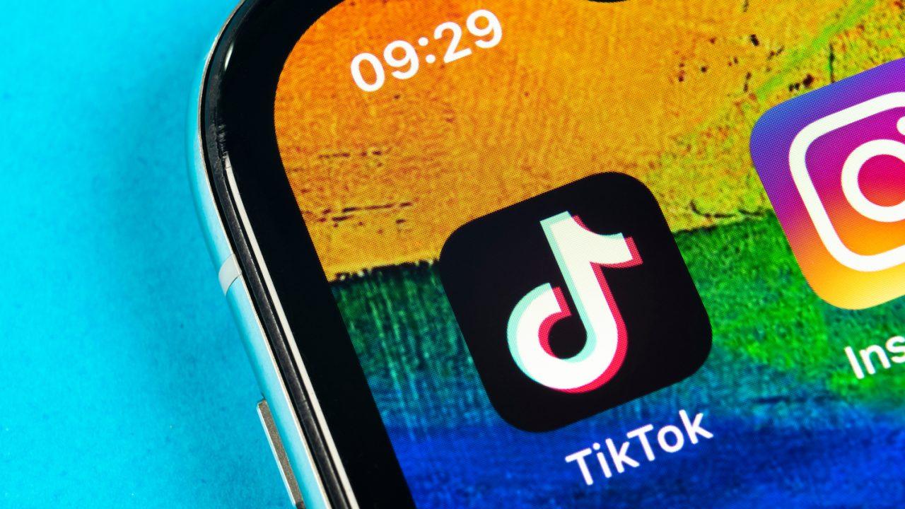 Tik-Tok-1