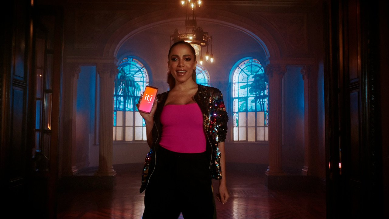 """Com Anitta, Grazi Massafera e MC Jottapê, Itaú lança tutoriais para """"iti"""", sua plataforma digital de pagamentos"""