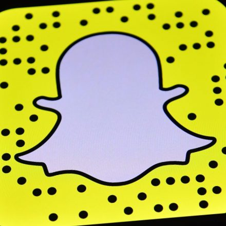 snapchat-carl-court-getty-images-e1529072536899