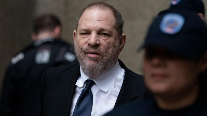 harvey-weinstein-deixa-audiencia-em-nova-york-1556322083993_v2_1920x1362