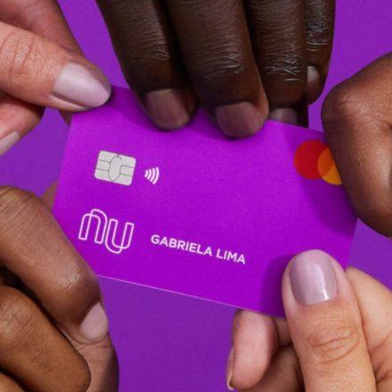 Nubank comemora 20 milhões de clientes