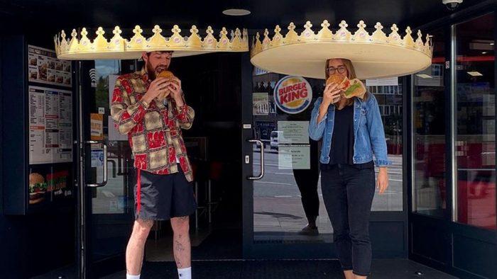 burger-king-coroas-distanciamento