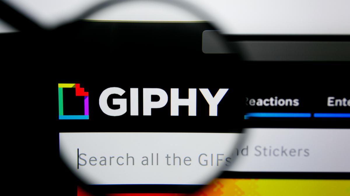 Facebook-compra-Giphy