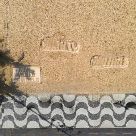 johnnie-walker-pegadas-copacabana