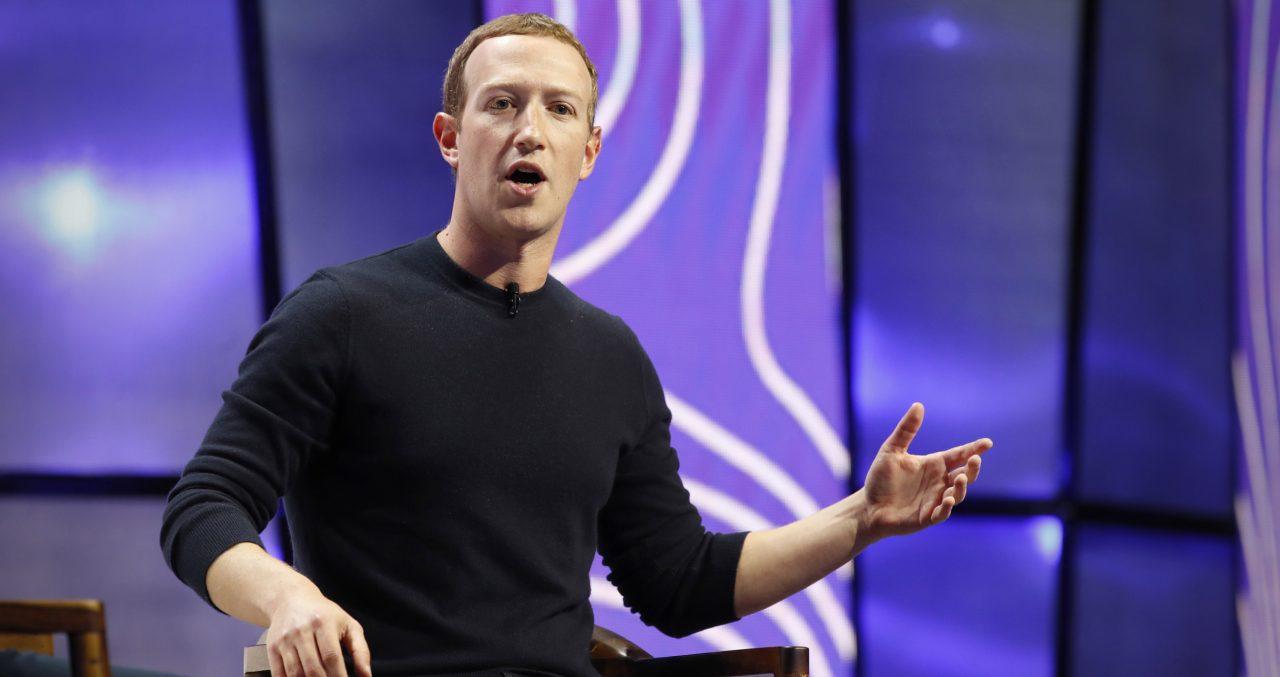 """Mesmo a pedido de sua """"Suprema Corte"""", Facebook não vai relaxar medidas contra desinformação da Covid-19"""