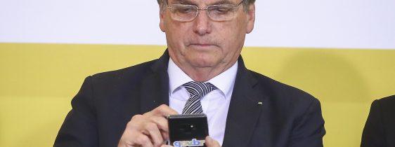 JairBolsonaro-Bolsonaro-Caneta-Bic-Celular-Bolsonaro-03Set2019