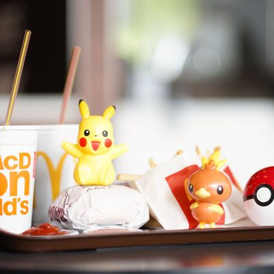 mcdonalds-happy-meal-on-tray